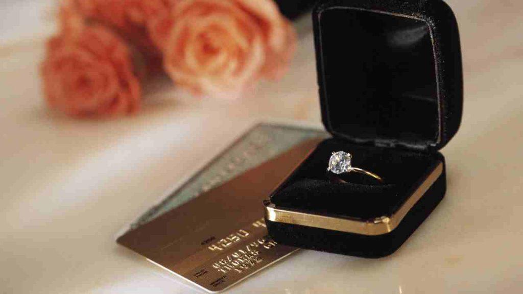 2 carat diamond ring
